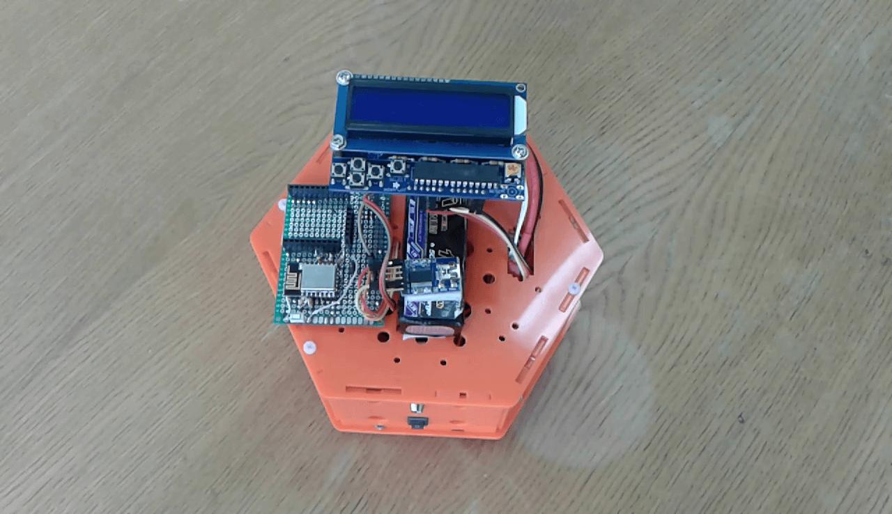 Прототип малогабаритного мобильного интернет-робота
