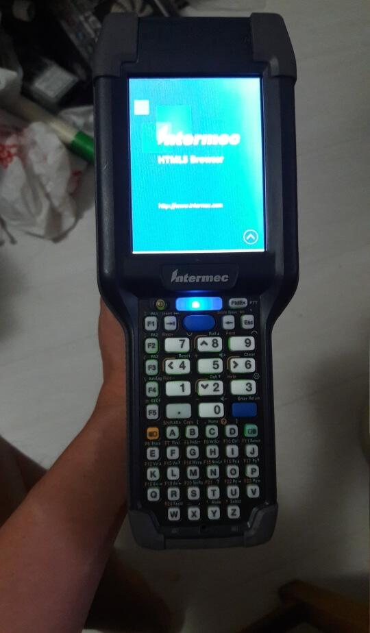 Промышленный носимый компьютер Intermec