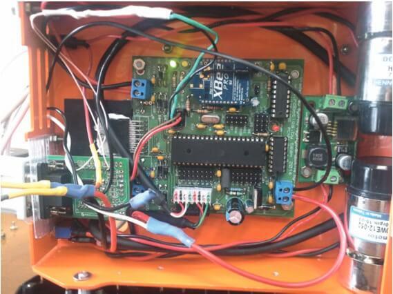 Плата управления нижнего уровня формата PC/104 для встраиваемых систем и роботов