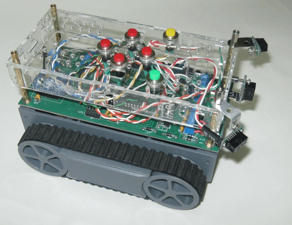 Один из способов размещение на борту робота сенсорных датчиков и пульта управления